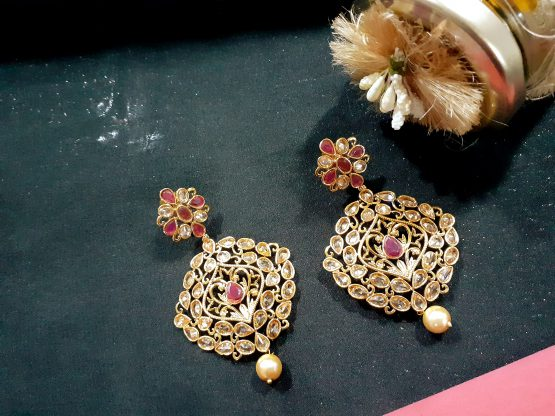 Classic Earring with Gold Plating