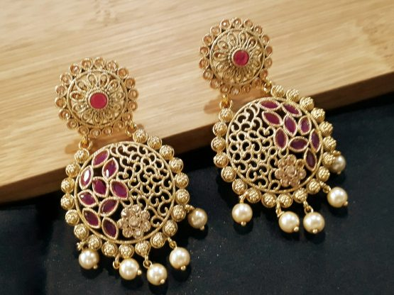 Round Classic Earring