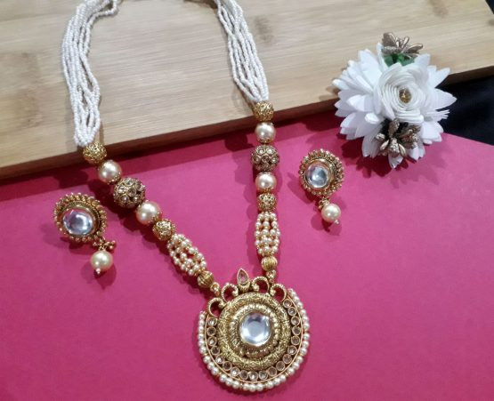 Round Base Necklace Set with Earring