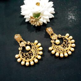 Antique Pearl Chandbali Earring