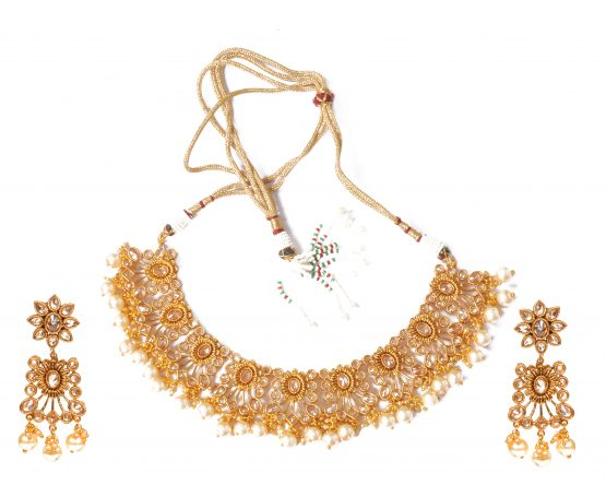Flower Design Necklace with Earring and Maang Tikka
