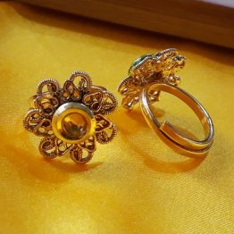 Star Antique Toe Ring (Gold and Transparent Yellow)