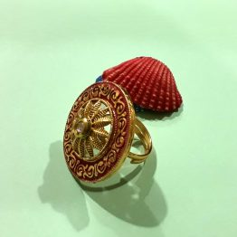 Stylish Round Finger Ring (Gold and Red)