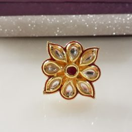 Square Kundan Ring (Gold and Ruby)