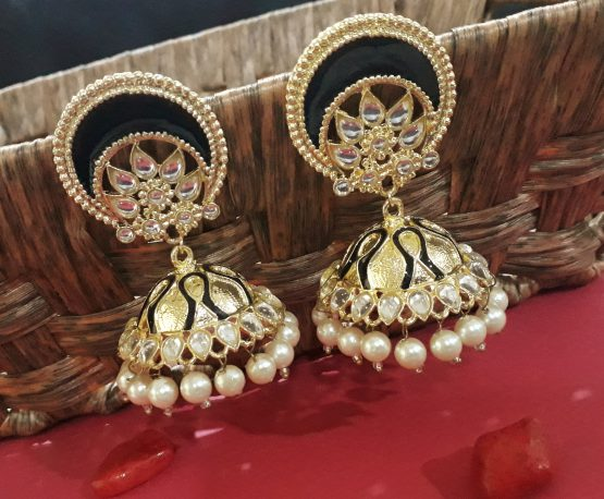 Big Stylish Jhumka (Golden and Black)
