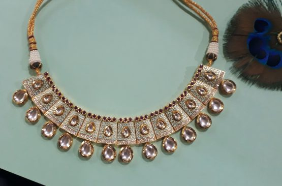 Classic Kundan Necklace Set (Gold, Mint)