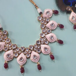 Kundan Studded Necklace Set (Gold, Light Pink)