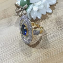 Studded oval Ring (White, Blue)