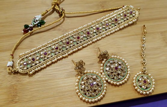 Pearl Choker Necklace Set (Gold, Ruby Green)