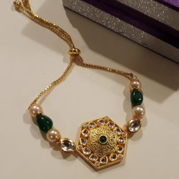 Kundan chain bracelet (Golden, Green)