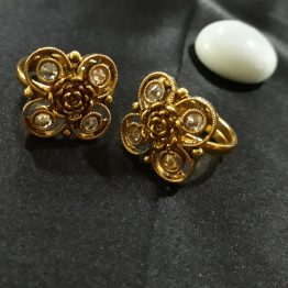 Square Toe Ring (Golden, Yellow)
