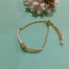 Flower Chain Bracelet (Golden)
