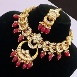 Kundan Chand Motif Necklace (Golden, Ruby)