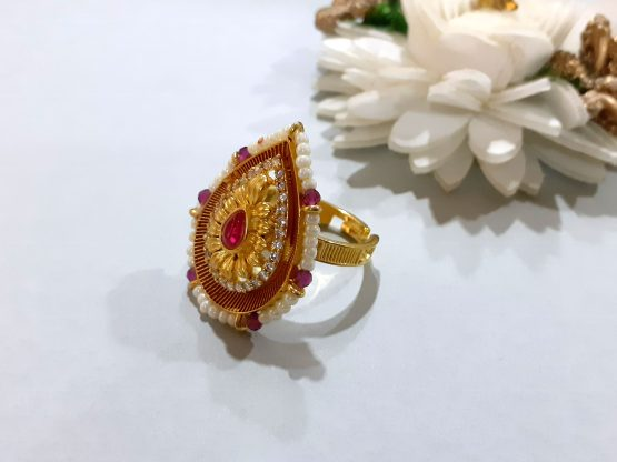 Pearl border Paan Ring in Red