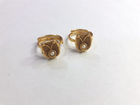 Traditional Golden Pearl Toe Ring Set